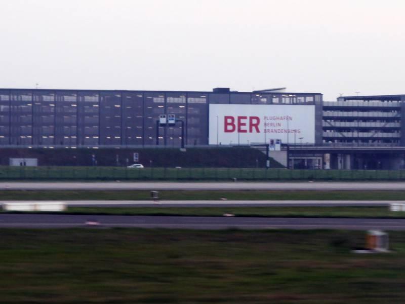 Hauptstadtflughafen Ber Eroeffnet