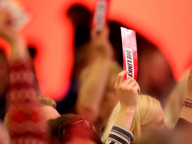 Hennig Wellsow Fuer Verschiebung Des Linken Parteitags
