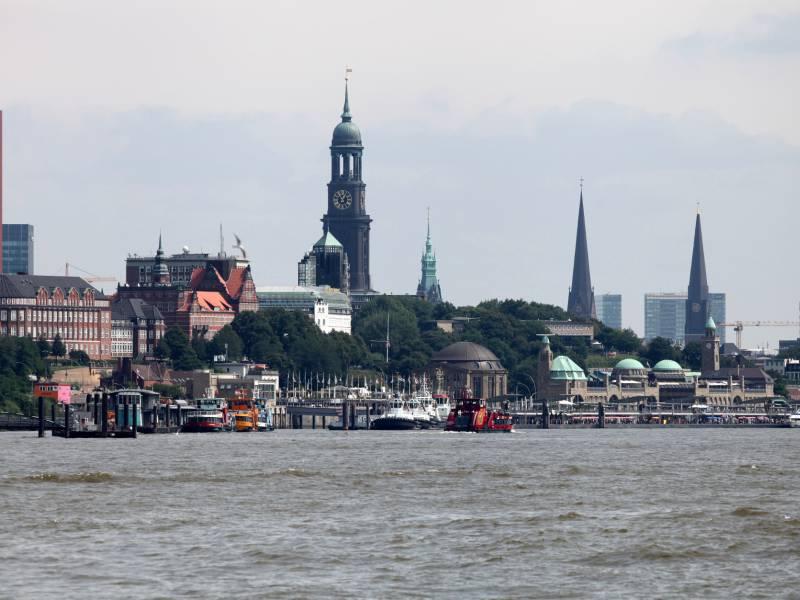 Inzidenzzahl In Hamburg Steigt Ueber 100