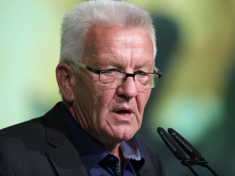 Kretschmann Gruene Muessen Bei Bundestagswahl Um Kanzleramt Kaempfen