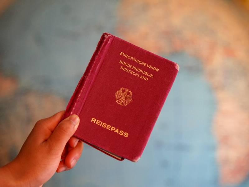 Kritik An Neuen Vorgaben Fuer Paesse Und Personalausweise