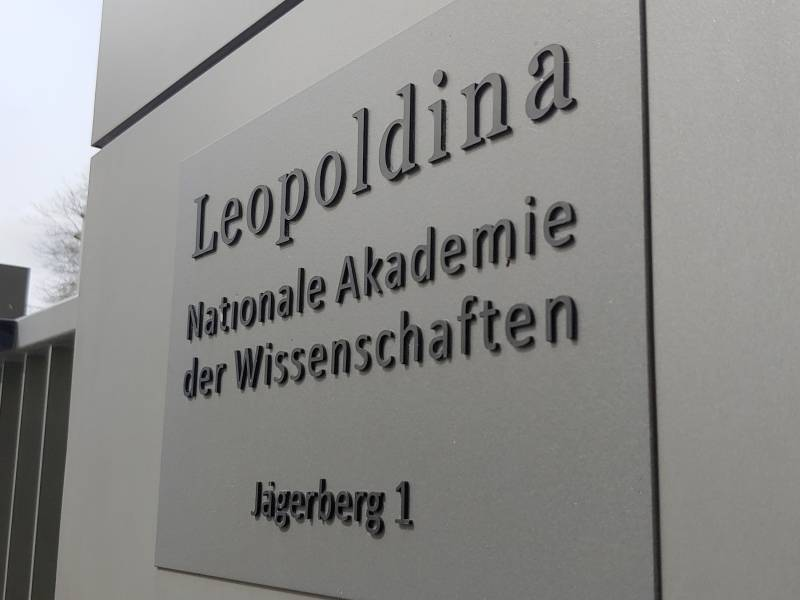 Leopoldina Fordert Konsequenteres Handeln In Coronakrise