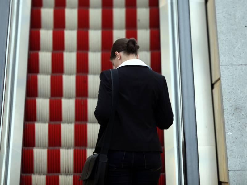 Merkel Frauen An Entscheidungen Nicht Gleichberechtigt Beteiligt