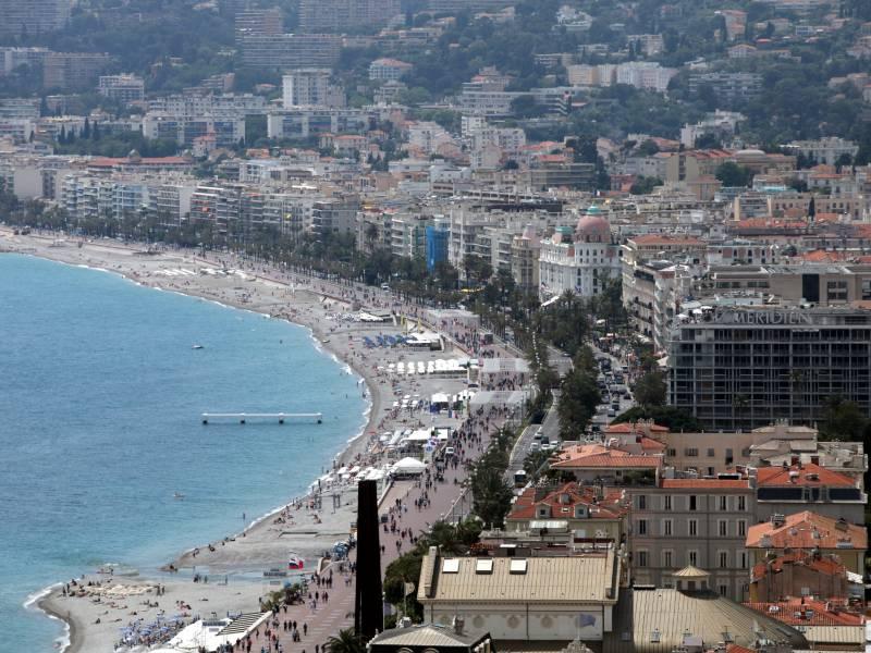 Merkel Kondoliert Nach Toedlicher Messerattacke In Nizza