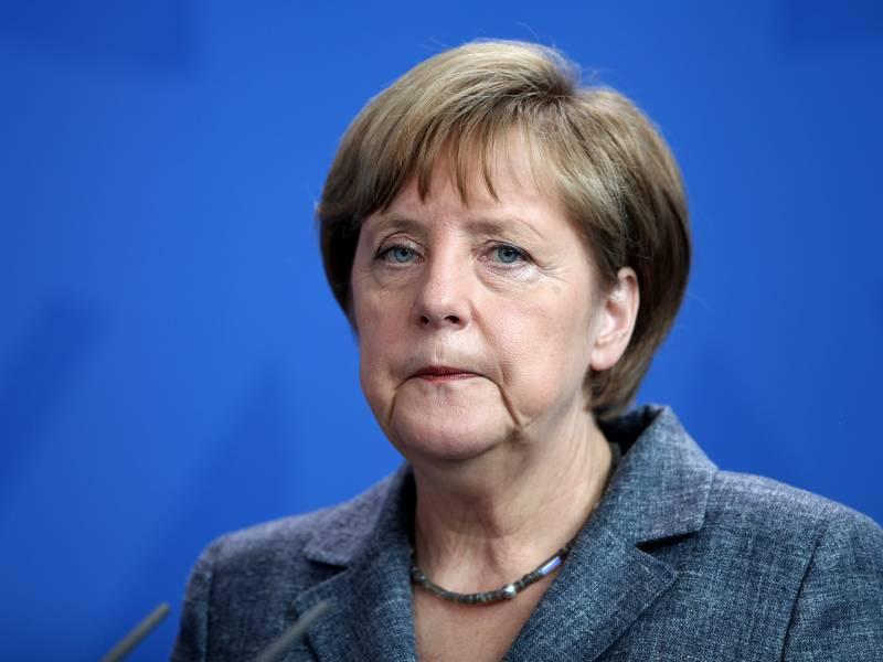 Merkel Verteidigt Lockdown Entscheidung