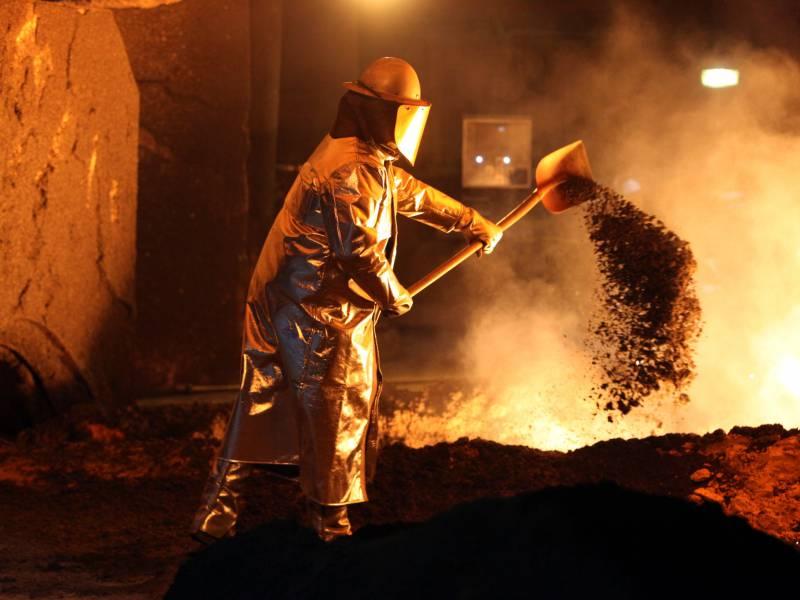 metall-arbeitgeber-wollen-doppelte-nullrunde Metall-Arbeitgeber wollen doppelte Nullrunde Politik & Wirtschaft Überregionale Schlagzeilen |Presse Augsburg