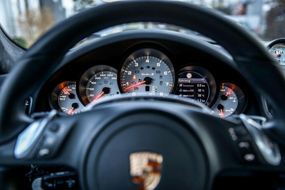 Porsche 763740 1280