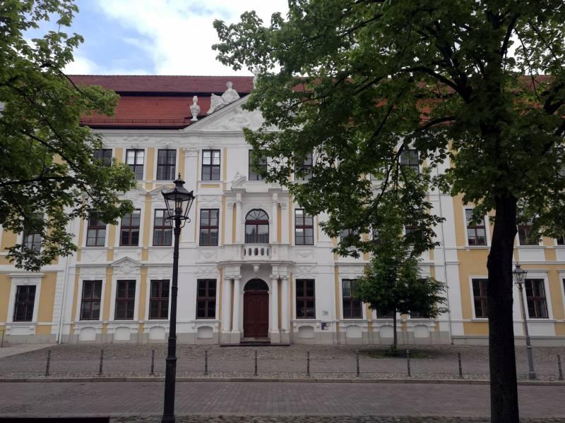 Sachsen Anhalts Wirtschaftsminister Will Vergabemindestlohn