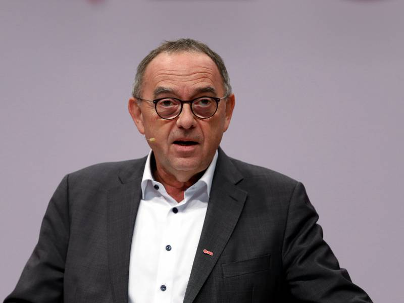 Spd Chef Fordert Staerkung Der Finanzaufsicht