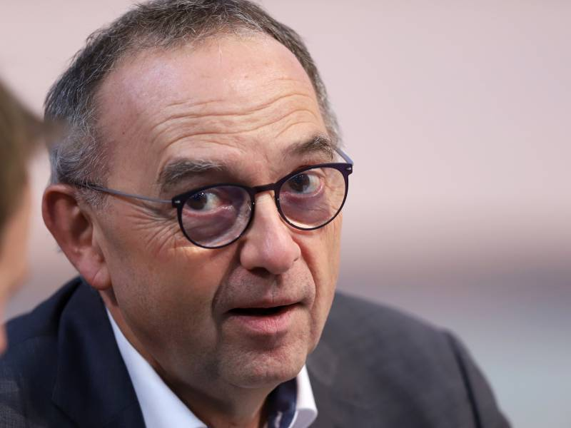 spd-chef-wirft-union-blockadehaltung-vor SPD-Chef wirft Union Blockadehaltung vor Politik & Wirtschaft Überregionale Schlagzeilen |Presse Augsburg