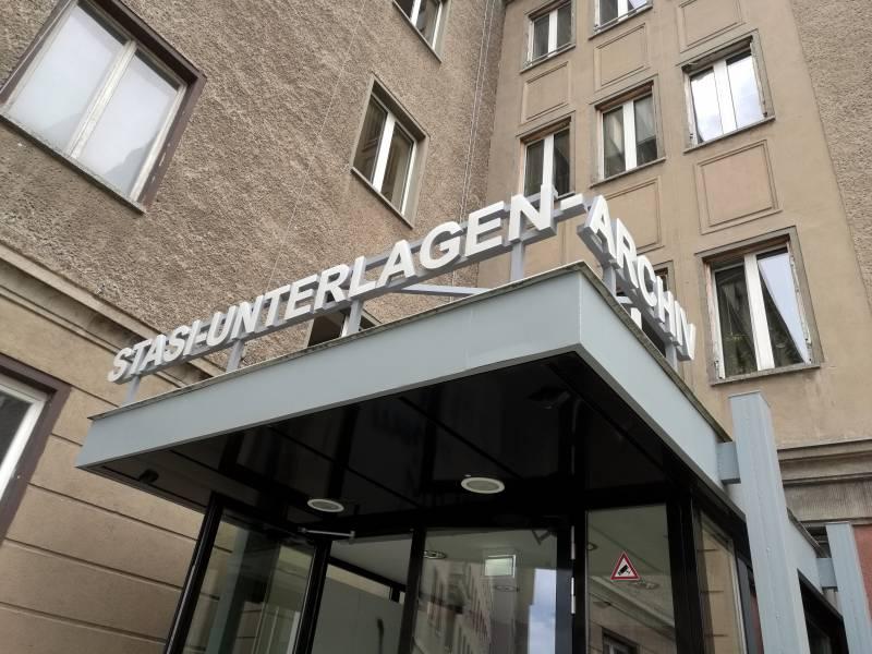 Stasi Spionierte Flughafen Tegel Aus
