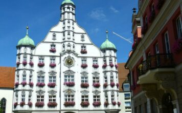 town-hall-189565_1280-356x220 Home |Presse Augsburg