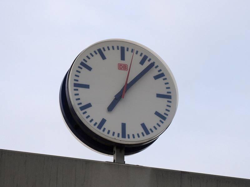 Uhren Auf Winterzeit Umgestellt