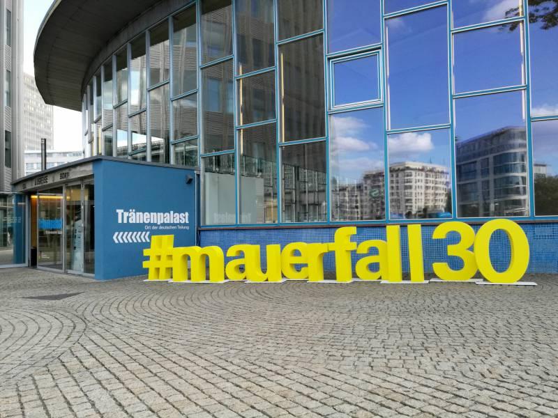 Wanderwitz Unterstuetzt Steinmeier Vorschlag Eines 1989 Gedenkorts