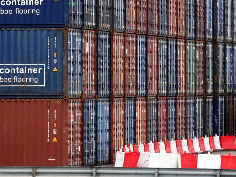 Zoll Findet Neun Container Mit Falschgeld Fuer Libyen