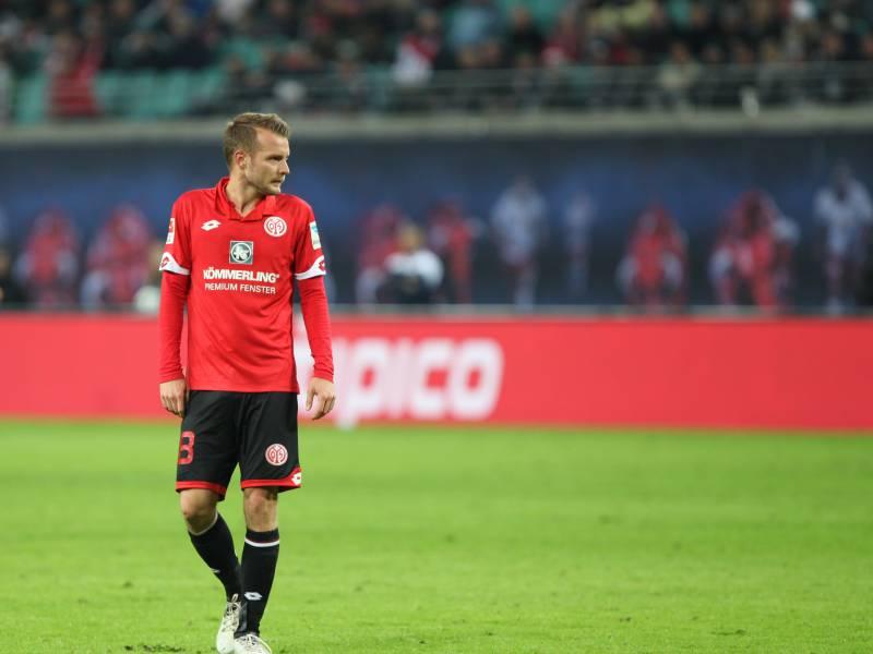 1 Bundesliga Mainz Und Schalke Mit Remis Im Kellerduell