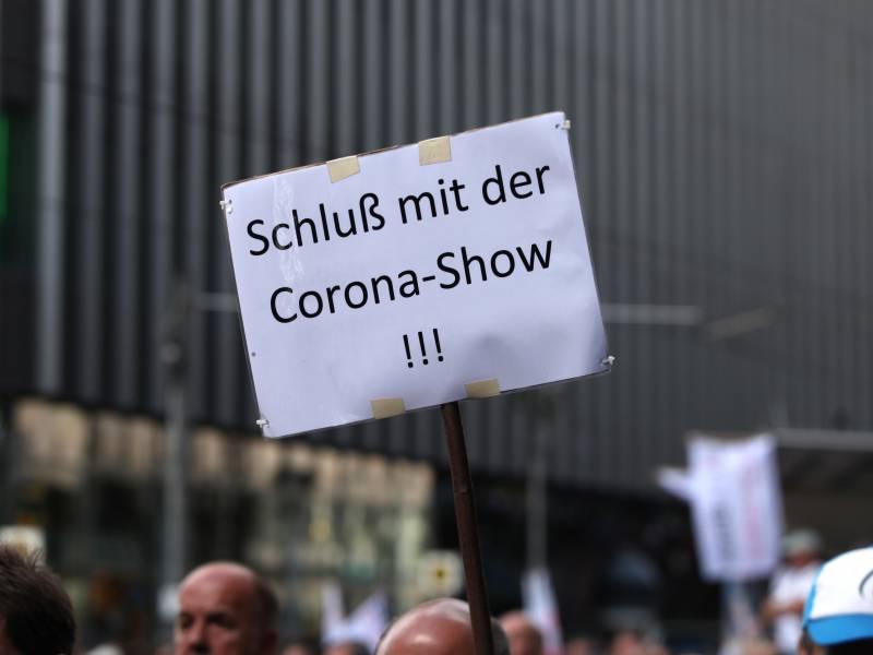Corona Proteste Berliner Polizei Rechnet Mit Radikalisierung