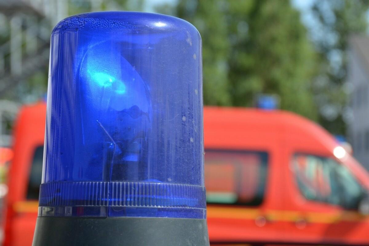 first-aid-1030700_1280 Mehrere Verletzte bei schwerem Unfall auf der A7 beim Autobahndreieck Hittistetten Neu-Ulm News Polizei & Co |Presse Augsburg