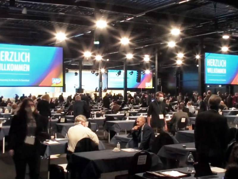 Hitzige Debatte Ueber Meuthen Rede Bei Afd Bundesparteitag