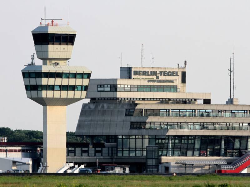 Letzter Flug Vom Berliner Flughafen Tegel Gestartet