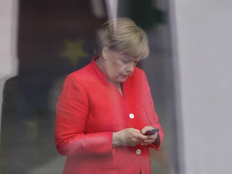 Merkel Telefoniert Mit Biden