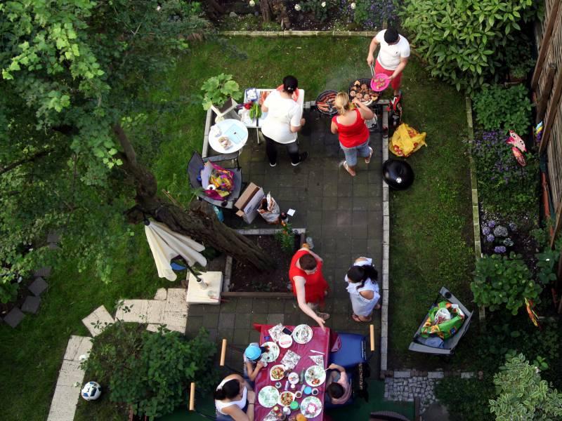 Nrw Wirtschaftsminister Risiken Durch Familienfeiern Unterschaetzt
