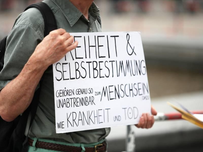 Polizei Loest Querdenken Demo In Leipzig Auf