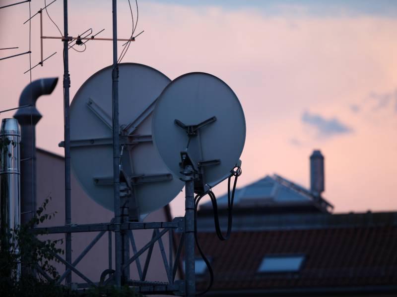 Rufe Nach Zuschuessen Fuer Schnelles Internet Per Satellitenschuessel