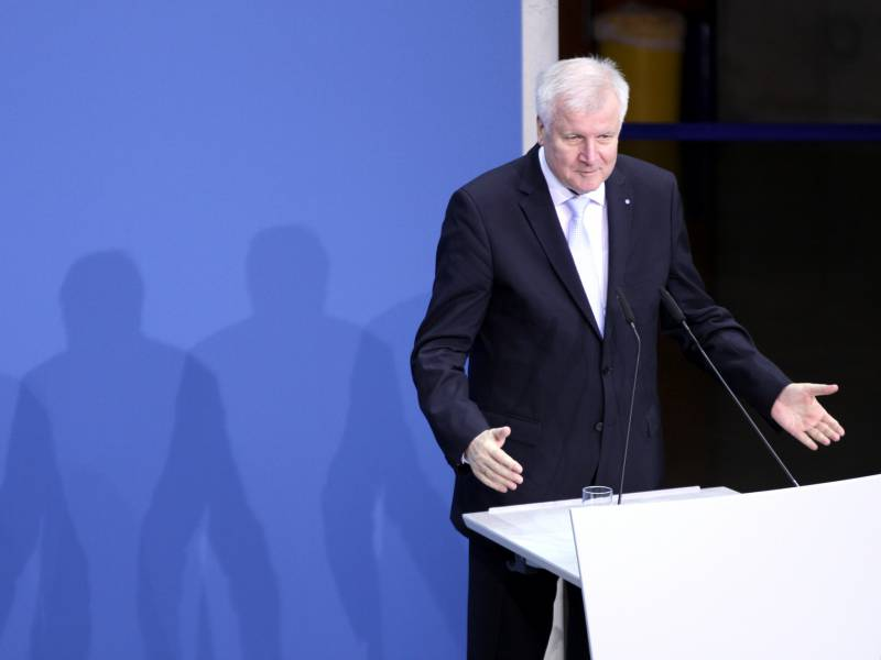 Seehofer Zum Huawei Streit Kontrolle Statt Verbot