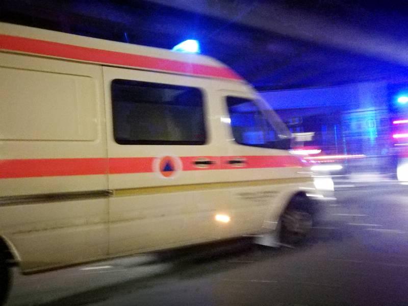 Suv Faehrt In Passanten Zwei Tote In Frankfurt