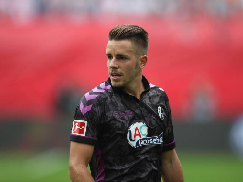 1 Bundesliga Freiburg Schlaegt Hertha Deutlich