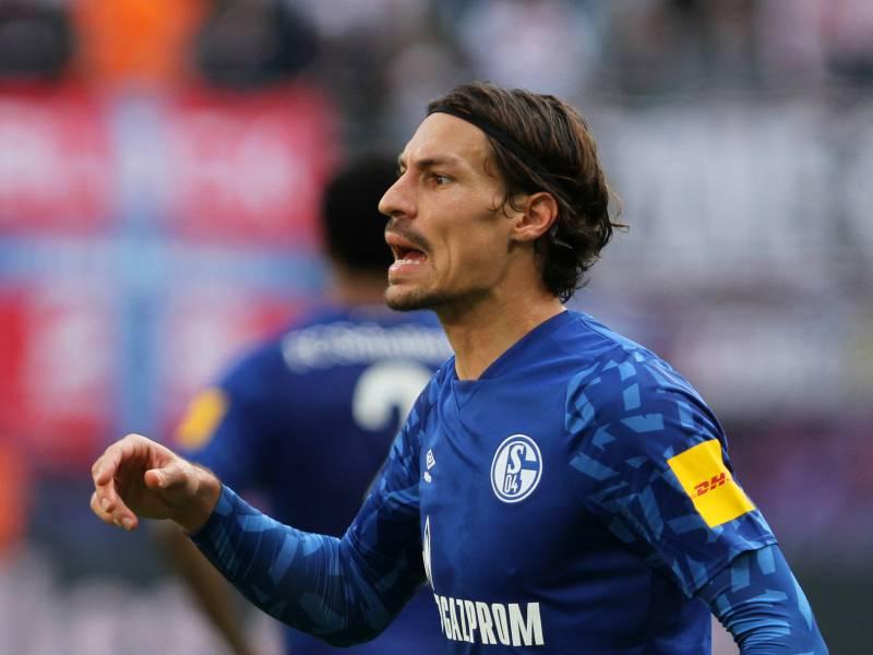 1 Bundesliga Schalke Unterliegt Bielefeld Im Kellerduell
