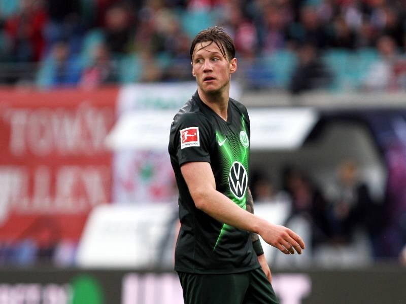 1 Bundesliga Wolfsburg Bezwingt Frankfurt Dank Weghorst