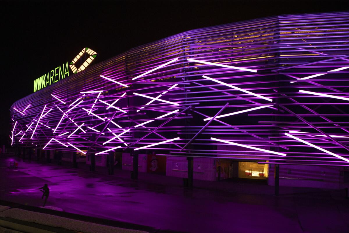 20201203 Wwk Arena Leuchtet Einen Abend In Lila