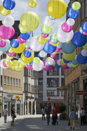 Nikky Maier Augsburger Stadtsommer Lampion Kunstinstallation 2020 Scaled