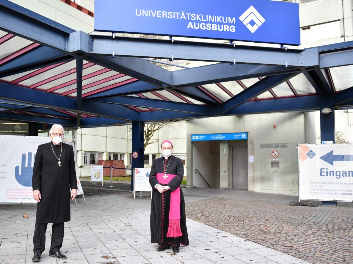 Oekumenische Andacht Zu Weihnachten Bischof Dr. Bertram Meier Und Regionalbischof Axel Piper Im Augsburger Uniklinikum Foto Maria Steber Pba Scaled