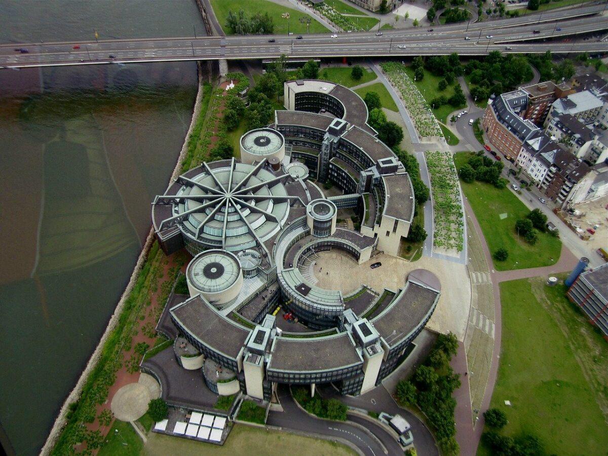 Dusseldorf 626267 1280 Scaled
