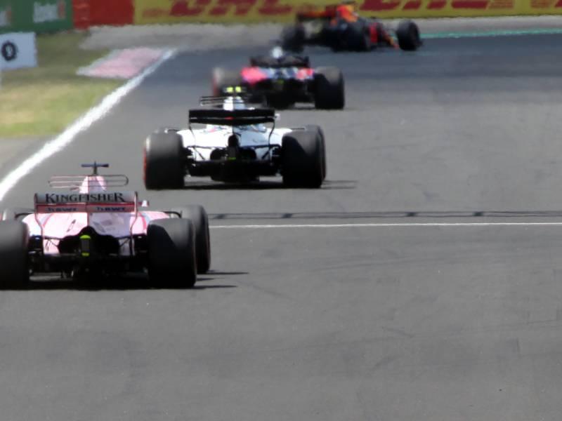 Formel 1 Perez Gewinnt Ueberraschend In Bahrain