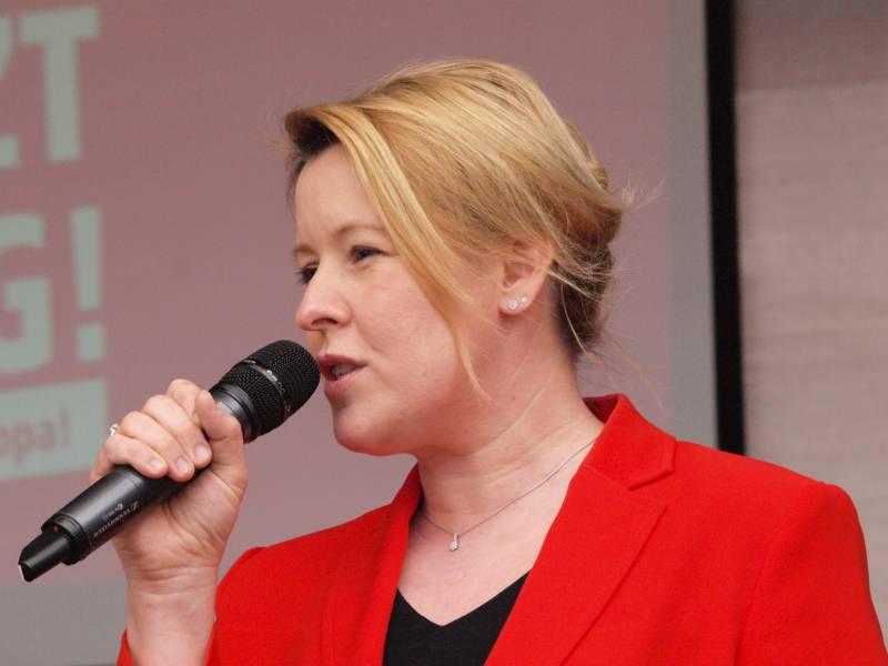 Giffey Will Berliner Spd In Jedem Fall In Wahlen Fuehren