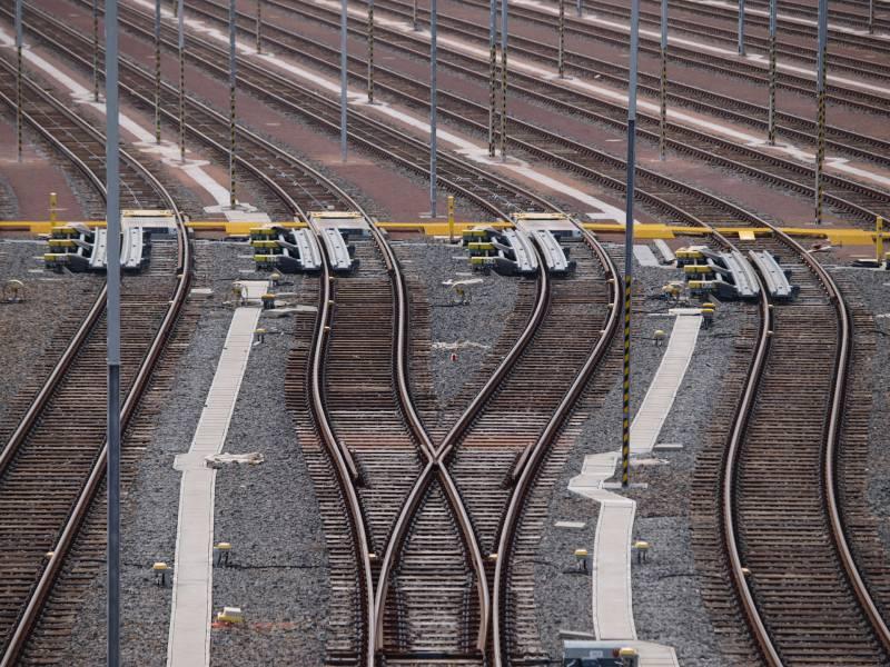 Gruene Fordern 300 Millionen Euro Fuer Elektrifizierung Von Schienen