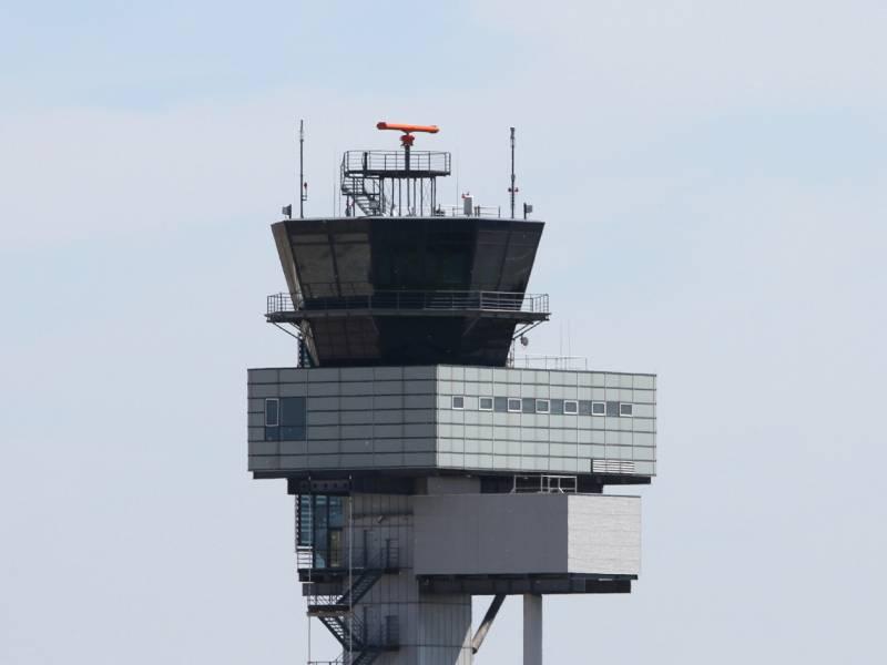 Luftverkehr Faellt Wieder Unter 10 Prozent Niveau