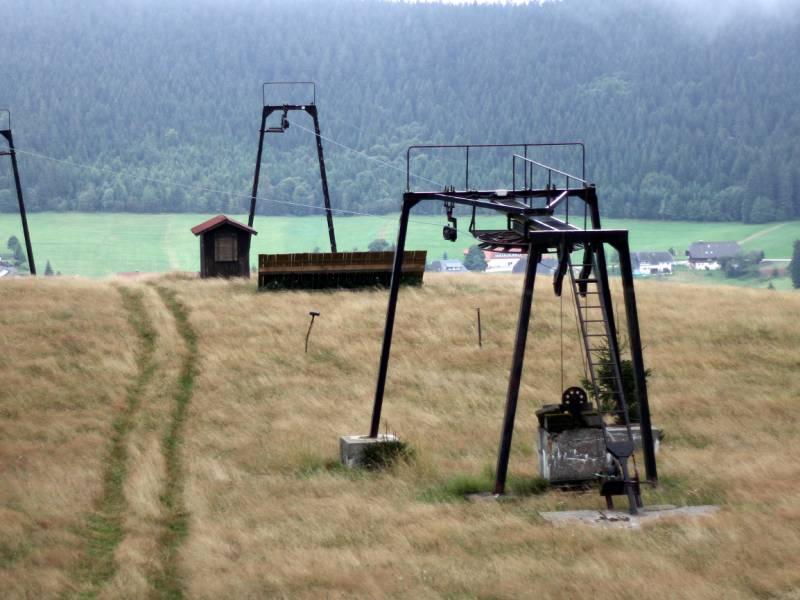 Oesterreich Stellt Wiederoeffnung Der Skigebiete In Aussicht