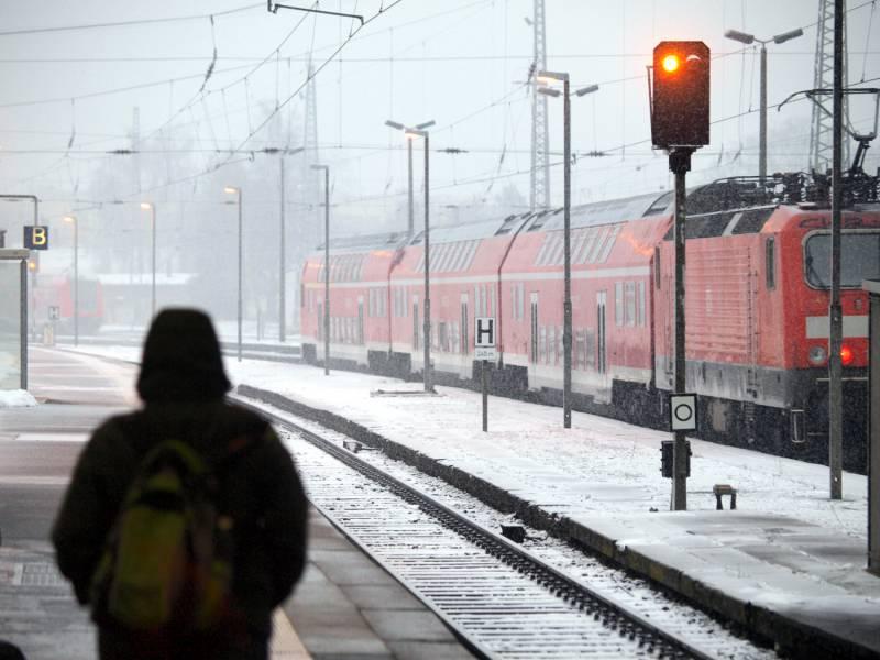 Rekordzahl An Beschwerden Ueber Airlines Und Bahn