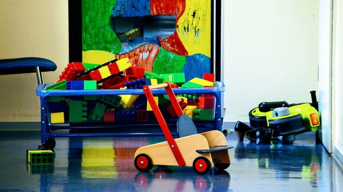 Toys 3675934 1280 Scaled
