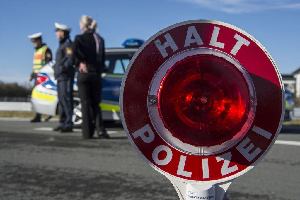 1024 Halt Polizei