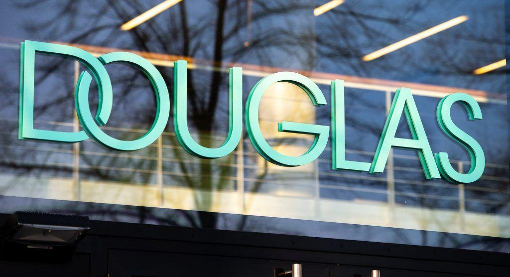 Douglas Logo Hq Haupteingang