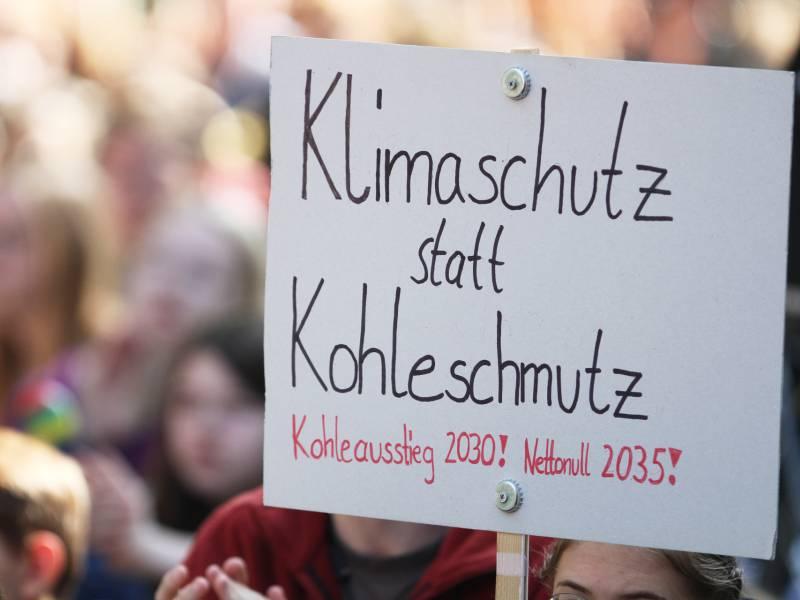 Aktivisten Enttaeuscht Von Klima Ideen Der Cdu Kandidaten