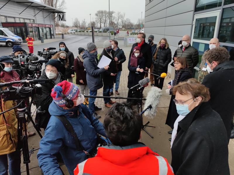 Brandenburg Gesteht Fehler Bei Impfstart