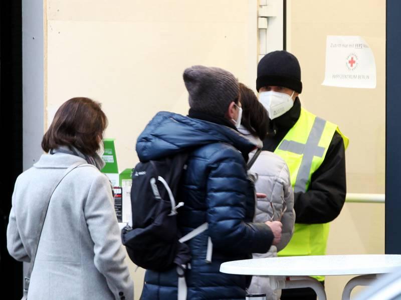 Bundestagsfraktionen Gegen Impfpflicht Fuer Aerzte Und Pfleger