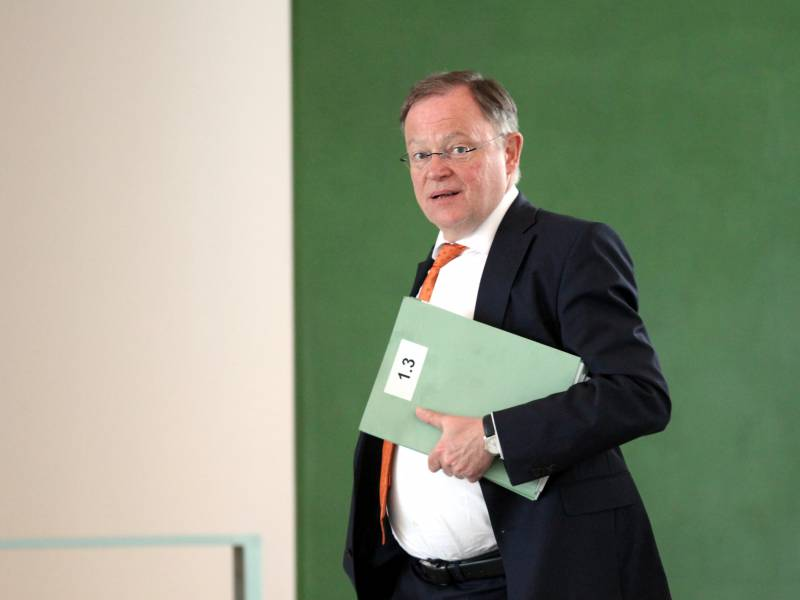 Niedersachsens Ministerpraesident Raeumt Fehler Ein